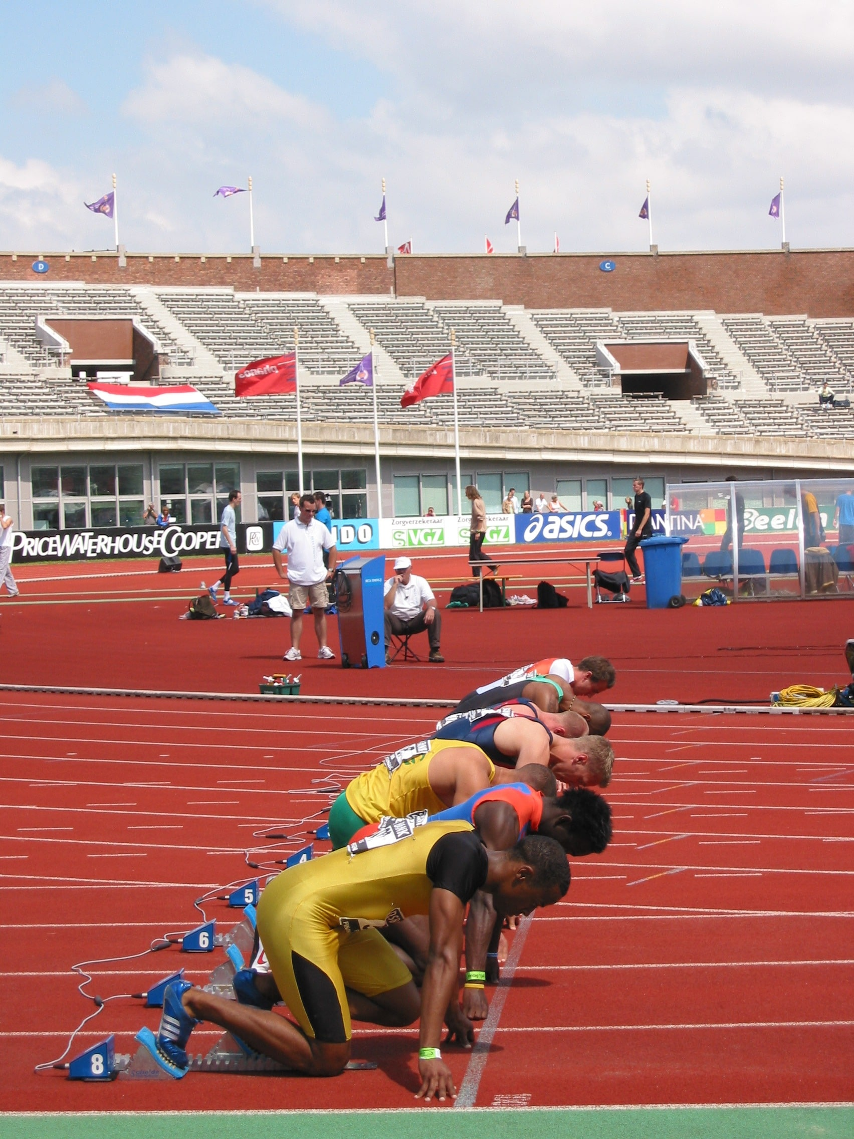The Ultimate Guide to Masters Track Running (& Track Basics