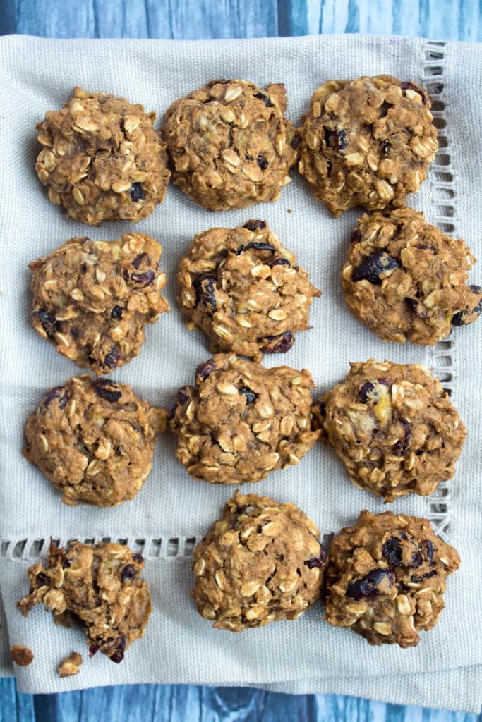 oatmeal-banana-pumpkin-cookies-4-683x1024
